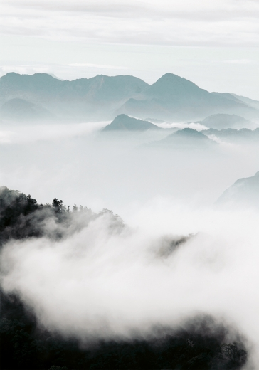 CLOUD MOUNTAINS